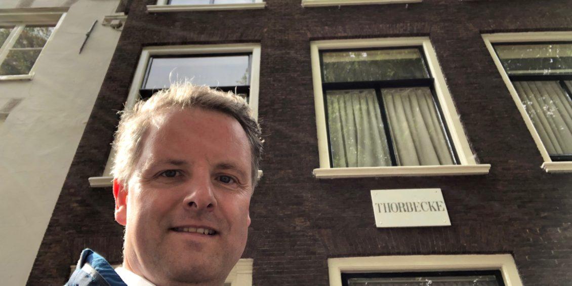 17. Selfie met...- Thorbecke