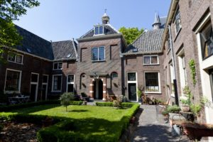 Jean Pesijnhof - bron: Visitleiden.nl